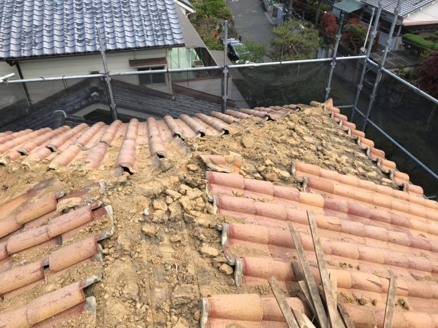 瓦、葺き土撤去