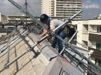 屋根重ね葺き工法 棟版板金の交換 棟板金撤去