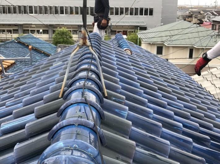 高槻市で釉薬瓦の屋根調査