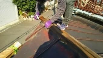 棟板金交換工事 貫板の撤去