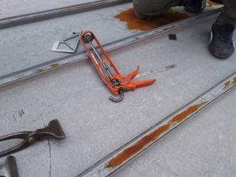 板金加工の工具