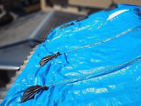 雨漏りの応急処置をし直した屋根