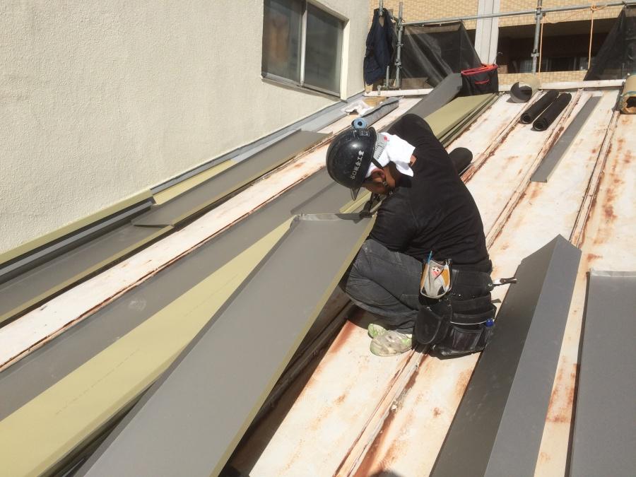 瓦棒屋根ガルバリウムカバー工法