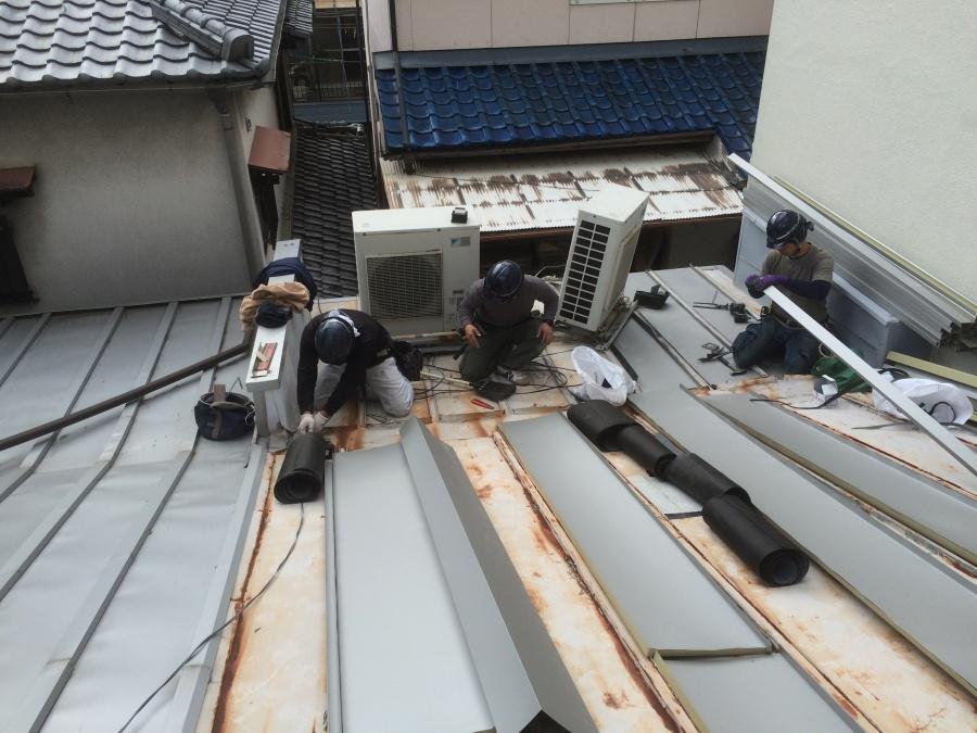 瓦棒屋根カバー工法
