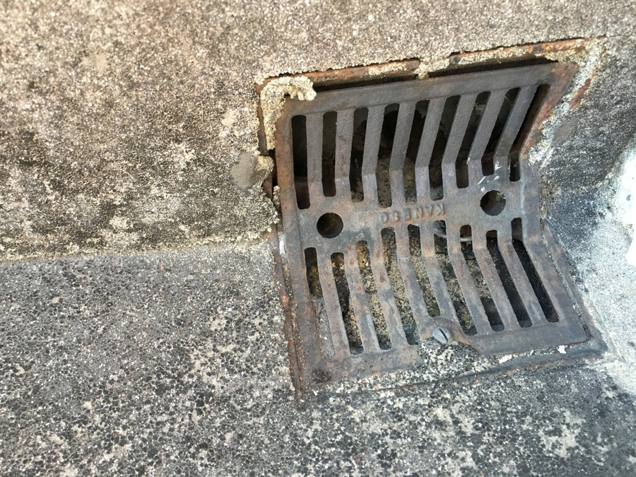 西淀川区 雨漏り調査 ドレン