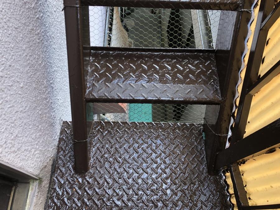 鉄部階段塗装