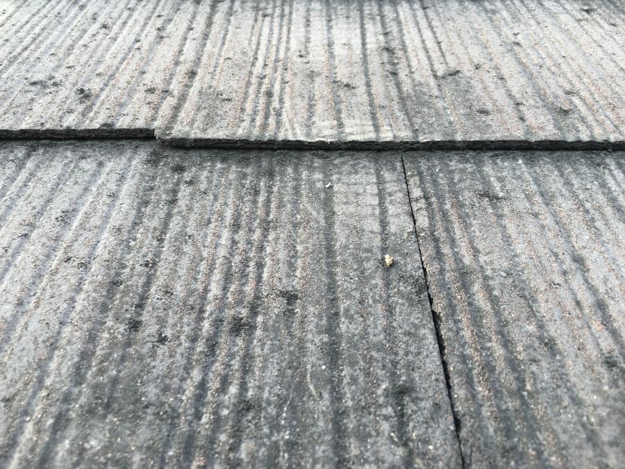 スレート屋根の色あせ劣化のアップ