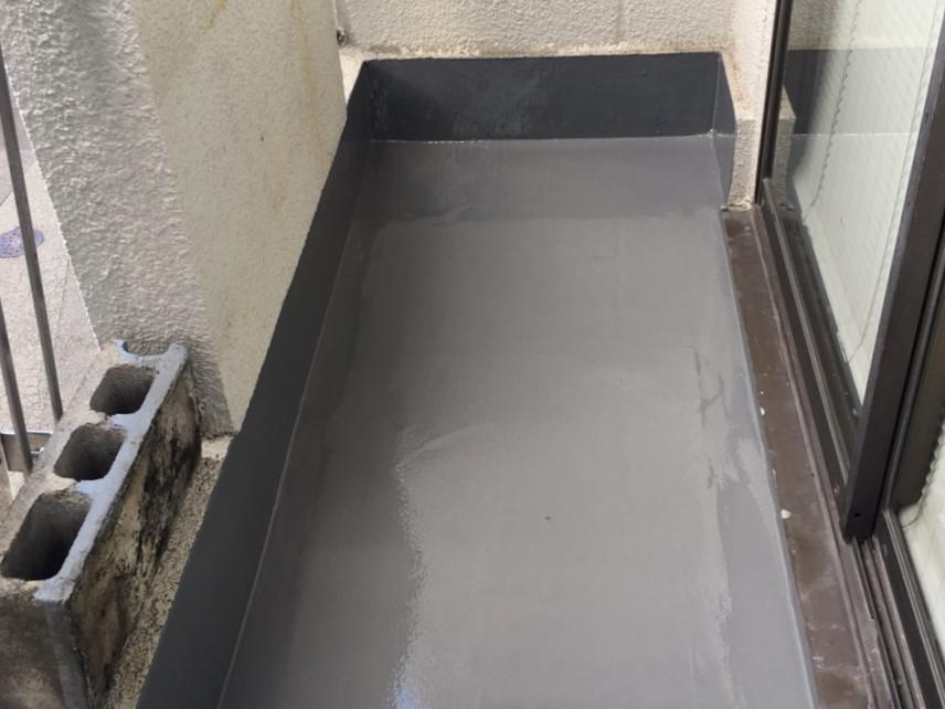 乾燥させたら防水層が完成