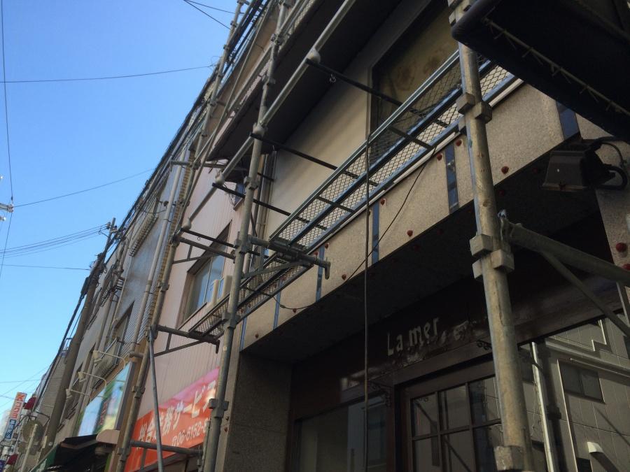 外壁塗装の足場組み
