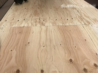 下屋根補強用、構造用合板の施工