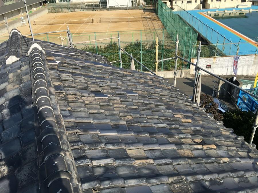 箕面市にて雨漏りを解決する瓦屋根葺き替え工事 瓦葺き