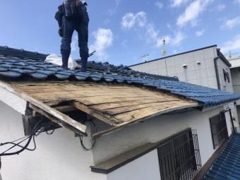 屋根葺き直し工事瓦撤去