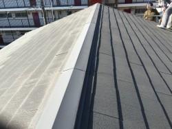 リフォーム前の劣化したスレート屋根
