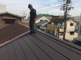 1年点検ガルバリウム鋼板屋根