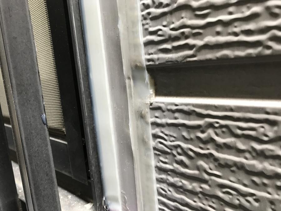 外壁サッシ廻り部分シール打替え工事後