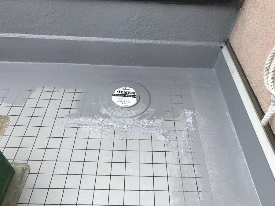 防水工事通気口廻り塗装