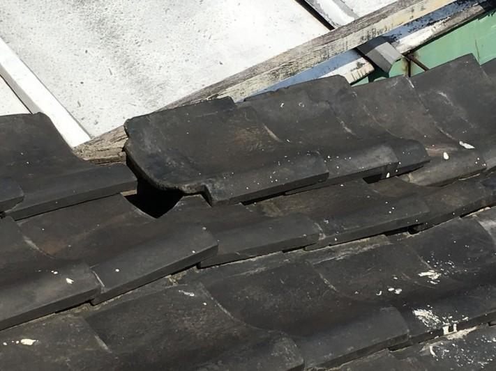 大阪市淀川区 雨漏り点検 瓦の隙間
