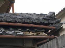 池田市 屋根葺き直し・瓦差し替え工事 ビフォー