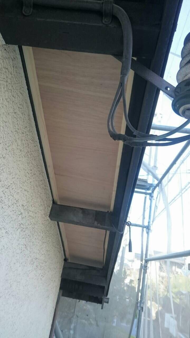 軒天とは軒下から見上げた天井部分