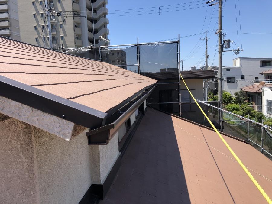 コロニアル屋根葺き替え完成
