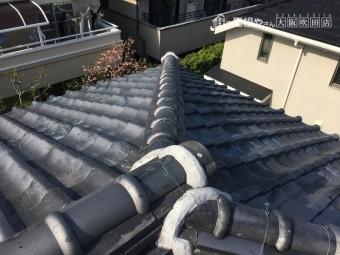 大屋根の大棟と隅棟の状態です。