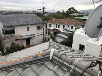 台風で捲れた下り棟の瓦