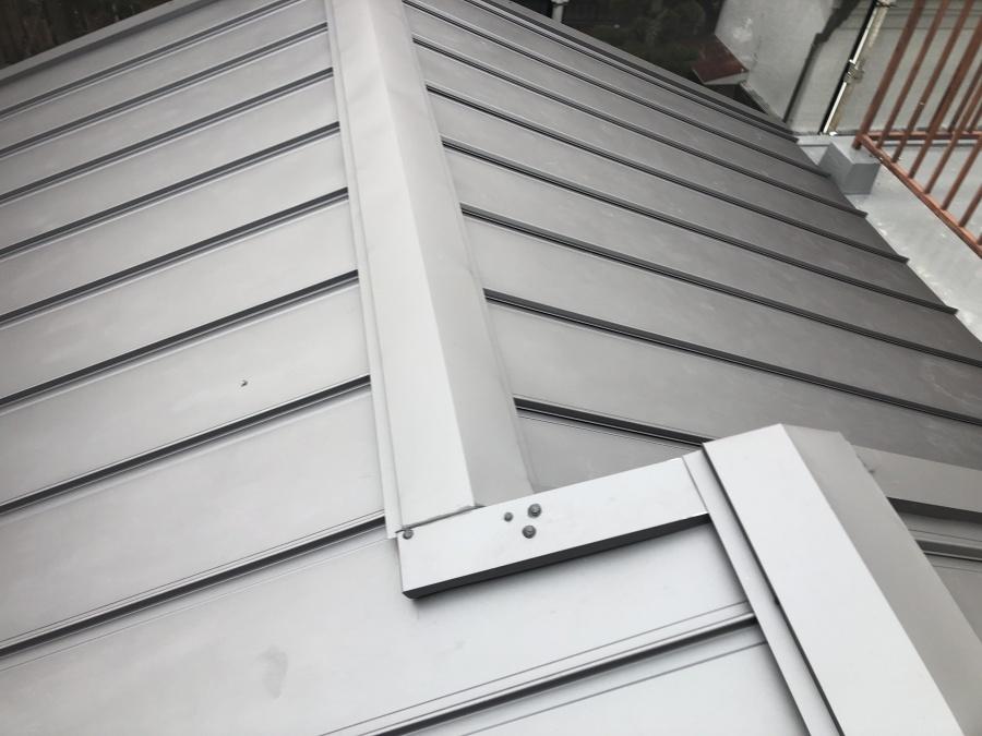 豊中市屋根リフォームガルバリウム鋼板