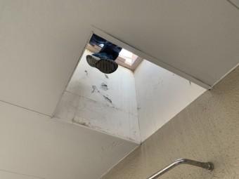 屋上への出入り口