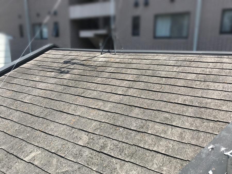 塗装リフォームまえのスレート屋根