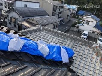 台風後応急処置として覆ったブルーシート