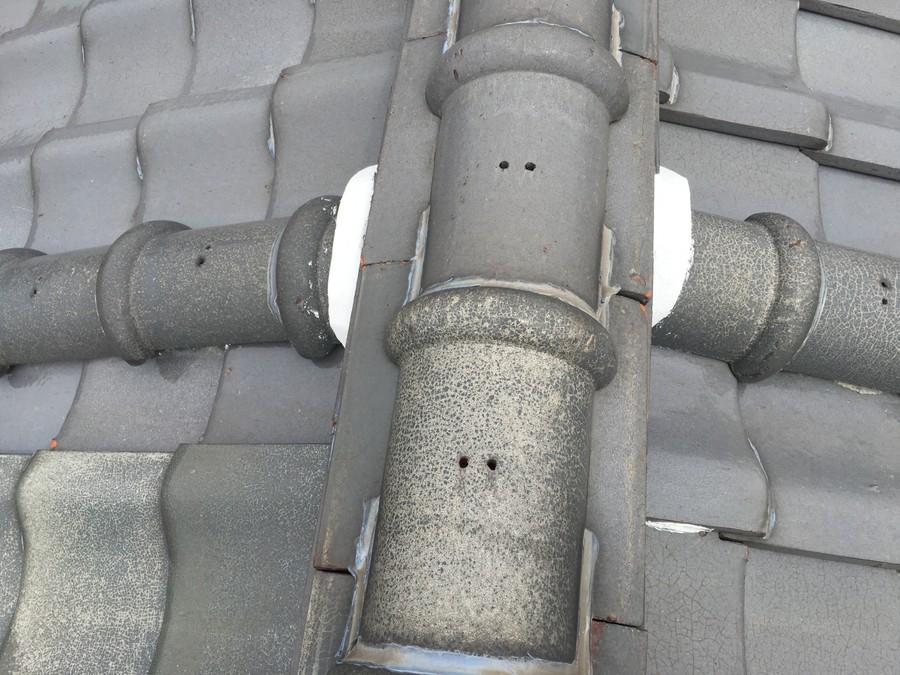 修理してから1ヶ月経過した棟瓦