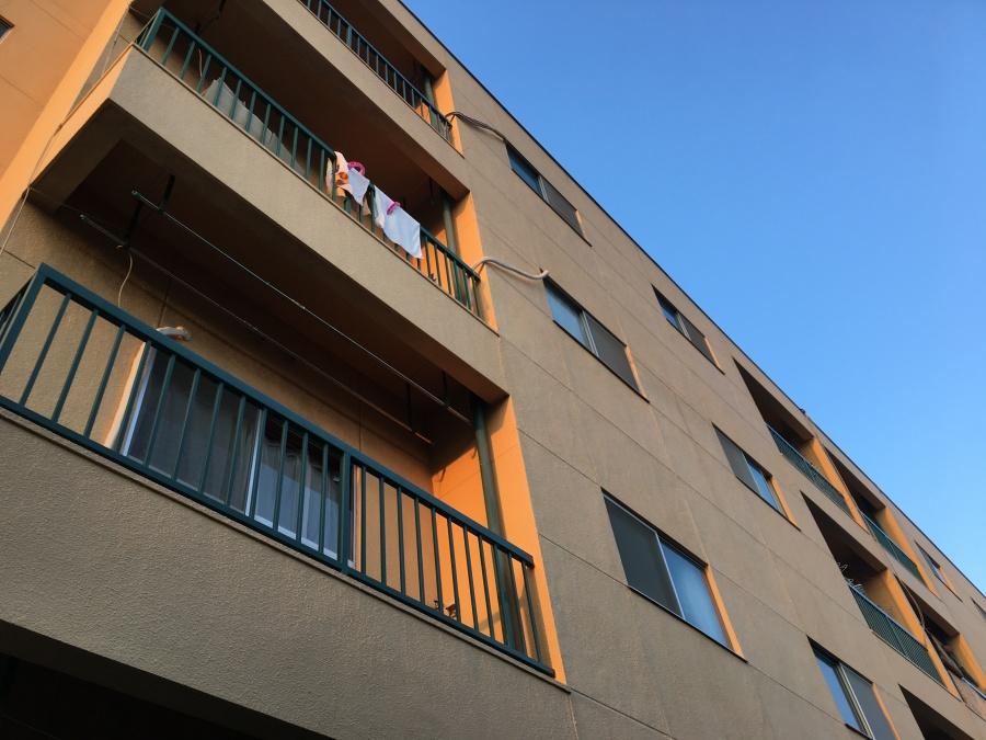 マンションに多い外壁一体タイプの軒天