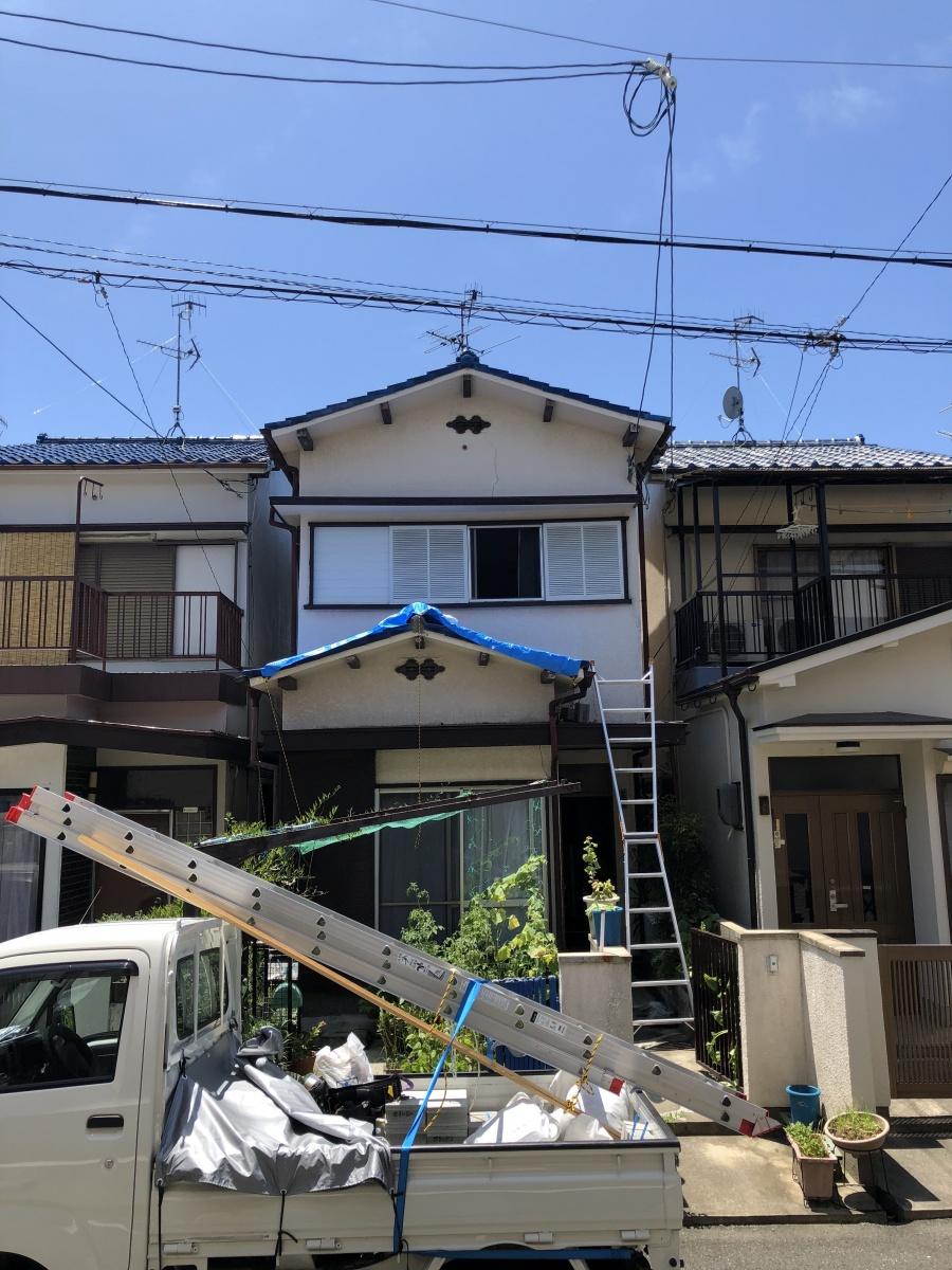 箕面市N様|青い瓦屋根と外壁塗装の調査・点検のご依頼です①