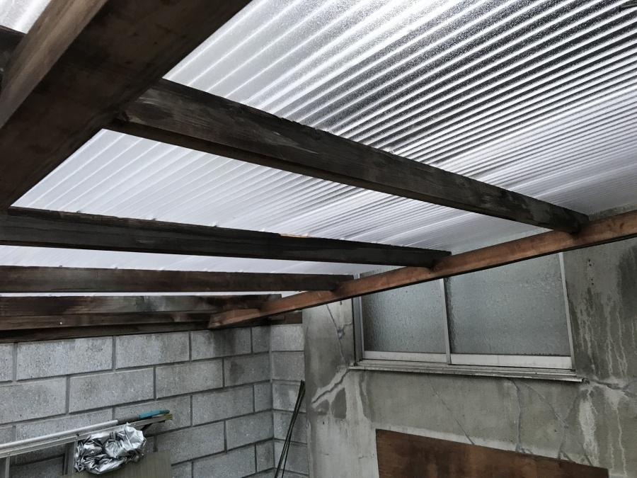 補修後の波板屋根