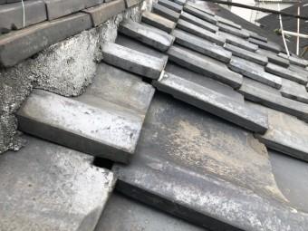 地震で被災のあった瓦屋根