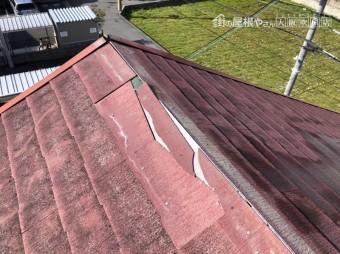スレート屋根クラック(裂け目)