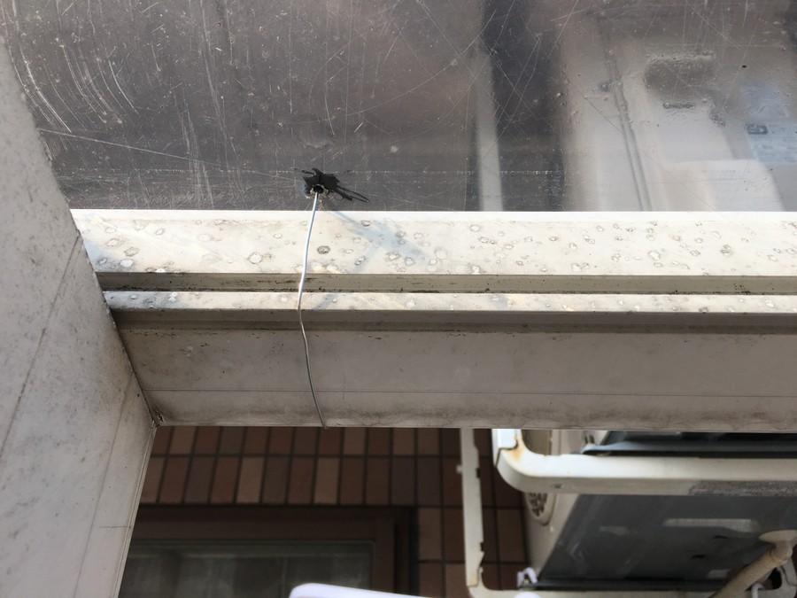 アクリル板屋根
