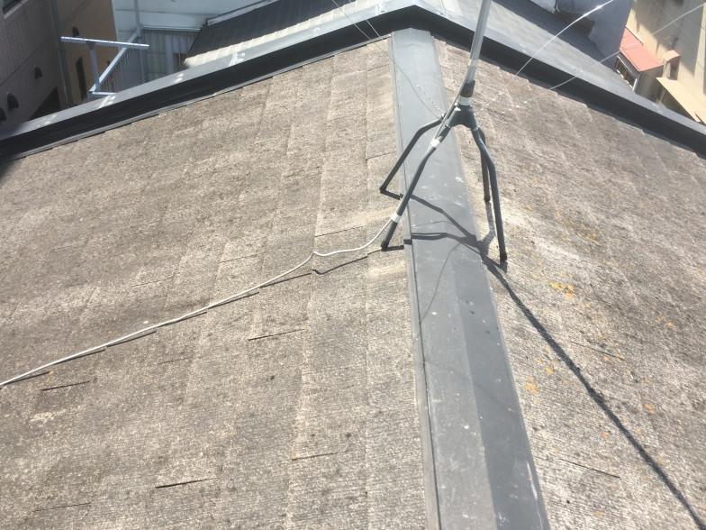 屋根の無料点検中