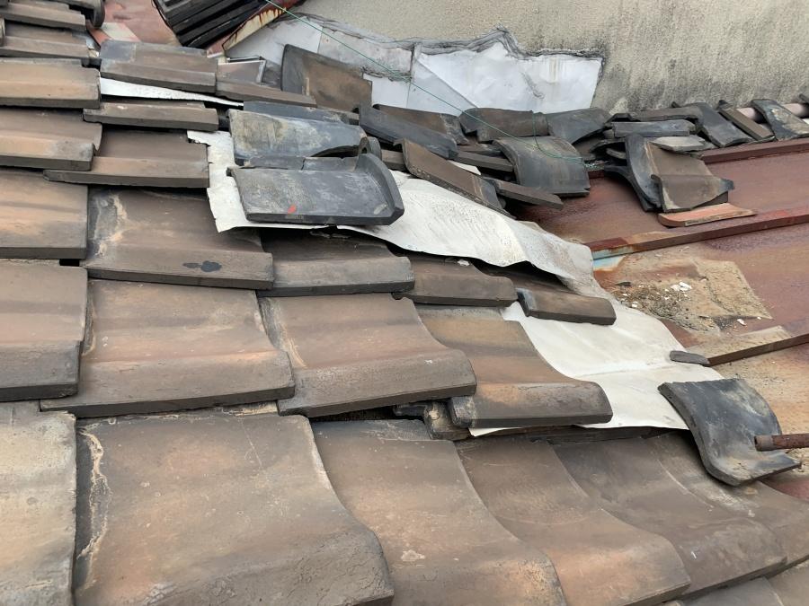 雨漏りによる屋根調査