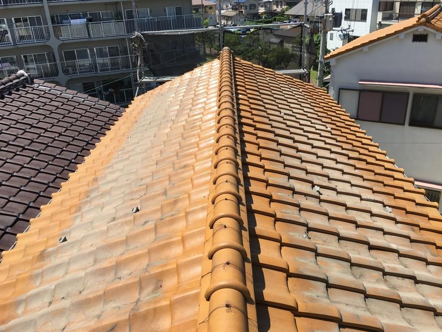 太陽光パネルを撤去したあとの瓦屋根