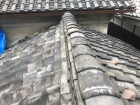台風で崩れた瓦屋根