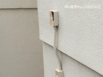 建物外壁劣化した配線