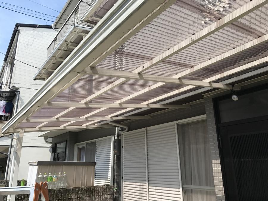 ベランダポリカ製波板屋根