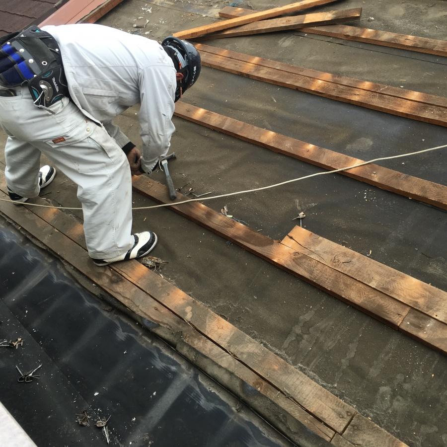 屋根めくり職人