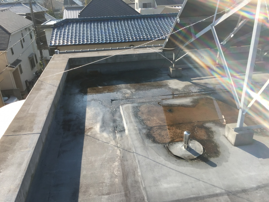 屋上雨水水たまり防水工事前