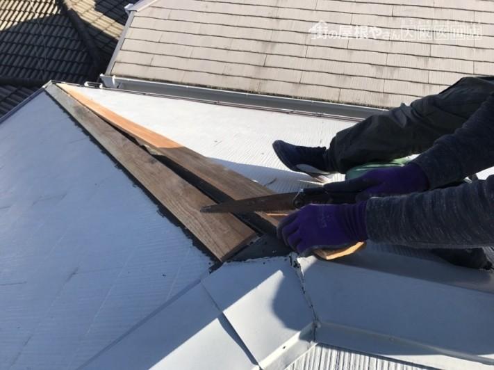 新しい下地の木「貫板」の加工