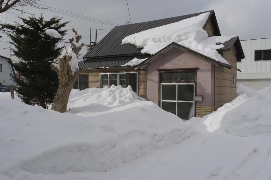雪国や北国、東北北海道地方の住宅とその屋根